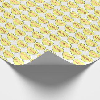 XOXO黄色いキャンデーのハートのハートのバレンタインのギフト用包装紙 ラッピングペーパー