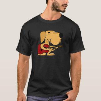 XXギターを演奏している黄色いラブラドル・レトリーバー犬 Tシャツ