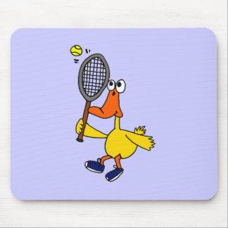 XXテニスを遊んでいるおもしろいなアヒル マウスパッド