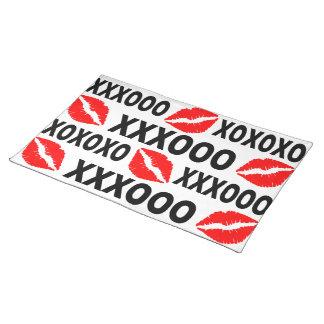 XXXOOOの唇のランチョンマット ランチョンマット