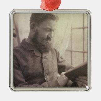 Yとしてジョージ・バーナード・ショー(1856-1950年)のポートレート メタルオーナメント