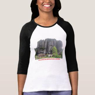 yaanaのカルナータカ州インドのツーリストの場所の写真のワイシャツ tシャツ