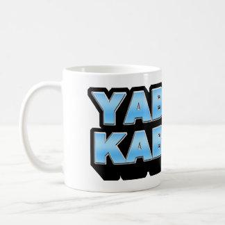 YABURE KABUREの(絶望的な)スカイブルーのマグ コーヒーマグカップ