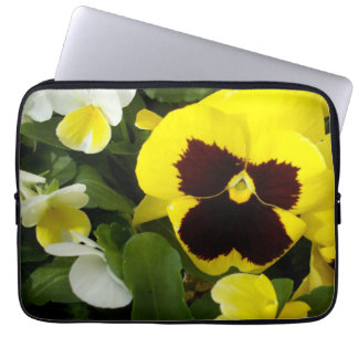 Yellow_Brown_Pansy_Delight、_13_Inch_Laptop_Sleeve ラップトップスリーブ
