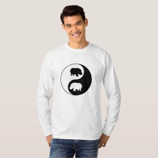 Yingヤンのカバ Tシャツ