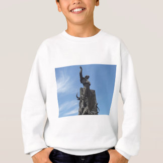 yiyo スウェットシャツ