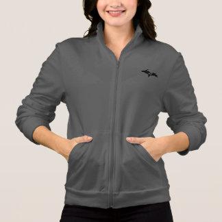 Yooperの女の子のフリースはジャケットのファスナーを締めます