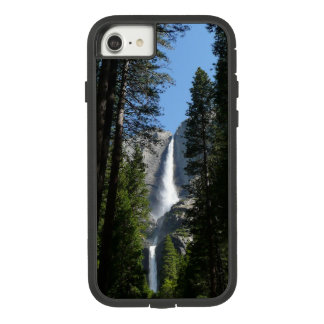 Yosemite Fallsおよび森の景色の写真撮影 Case-Mate Tough Extreme iPhone 8/7ケース