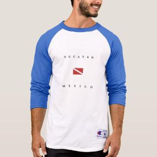 Yucatanメキシコのスキューバ飛び込みの旗 Tシャツ