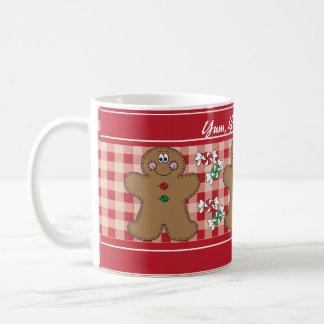 Yum、Yum、おいしいレトロのジンジャーブレッド|のクリスマス コーヒーマグカップ