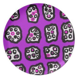 Zan Hanhof著紫色のishっぽいプレート プレート