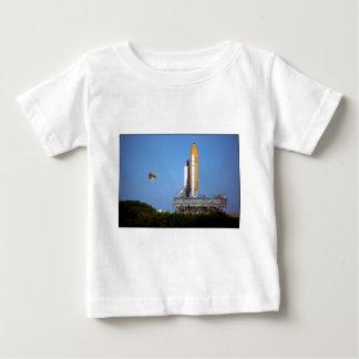 ZAZ223 STS86アトランティスのRollout ベビーTシャツ