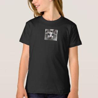 ZBABYの黒いTシャツ Tシャツ