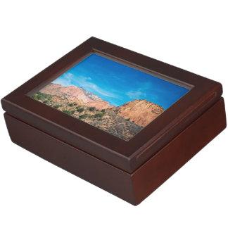 Zionの美しい ジュエリーボックス