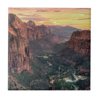 Zion渓谷の国立公園 タイル